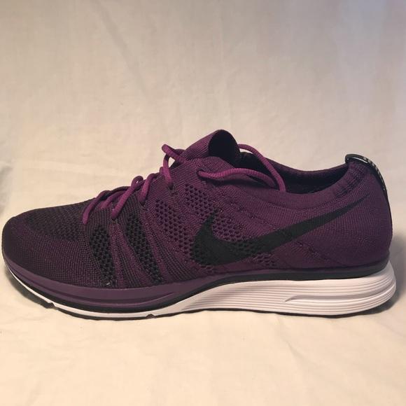 606088ee046b Nike Flyknit Trainer AH8396-500 Size 10.5 Men